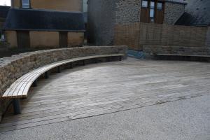 aménagement extérieur banc et sol